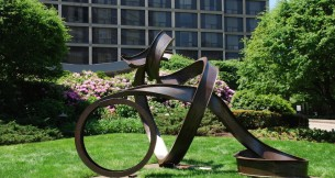 Carole Eisner's Sculptures Featured on BeautifulNow